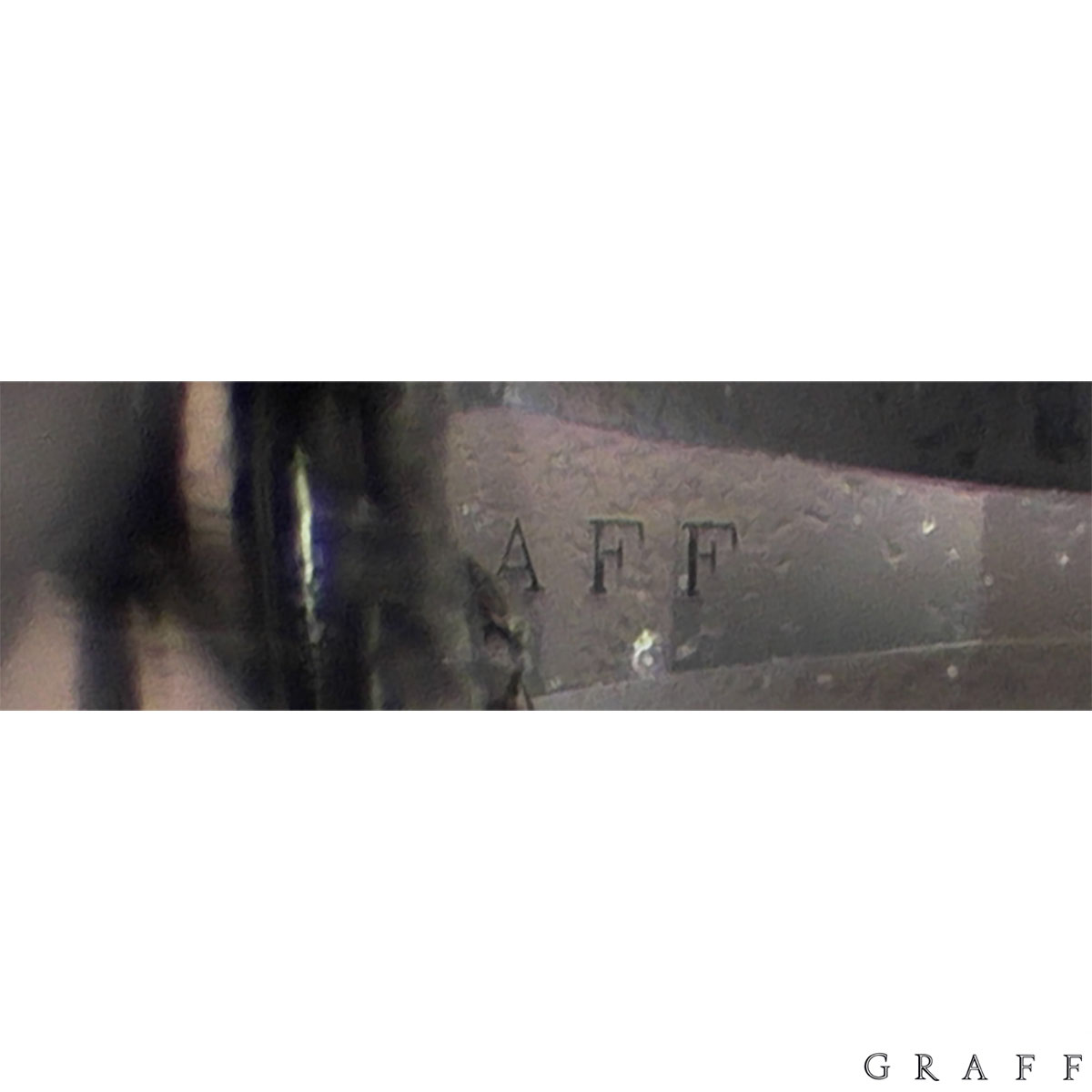 Graff Stud Earrings 4.28ct H/VS1 & VS2